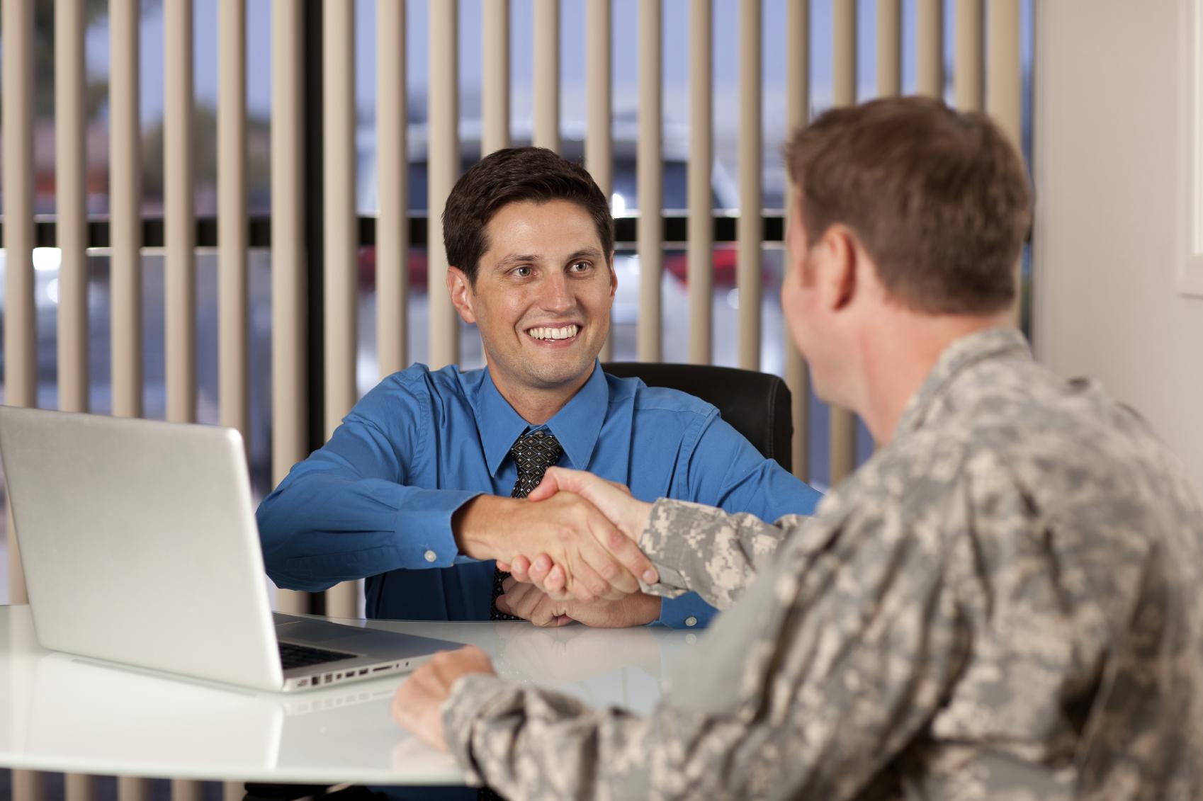 Как рефинансировать военную ипотеку и какие банки одобрят услугу?